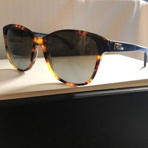 Ralph Lauren RL8123 Polarized Sunglasses & Cloth